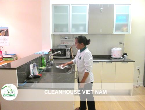 nhân viên vệ sinh công nghiệp
